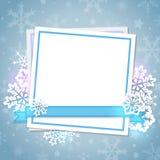 Карточка и снежинки белой бумаги Стоковые Изображения