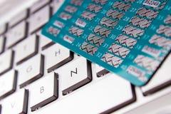 Карточка на клавиатуре компьютера Стоковое Изображение