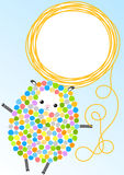 Карточка приглашения овец с шариком шерстей Стоковые Фото