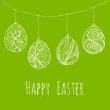 Карточка с висеть пасхальные яйца Handdrawn декоративные элементы в векторе Стоковое Фото