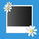 Карточка фото с бумажными цветками бесплатная иллюстрация
