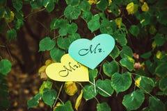 Карточки в форме острословия сердца формулируют Госпожу и г-на Стоковые Изображения