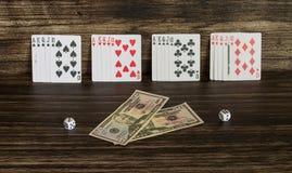 Карточки и деньги Стоковое фото RF
