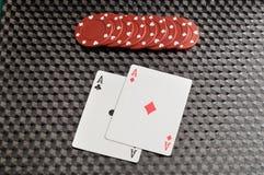 2 карточки с красными обломоками покера Стоковые Фотографии RF