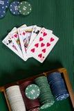 Карточки с рукой покера с обломоками Стоковая Фотография