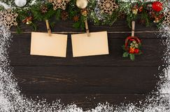 Карточки украшения для приветствий и венка рождества, орнамента и гирлянды обрамляют предпосылку Стоковое Изображение RF