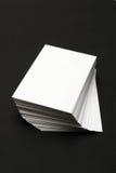 карточки штабелируют белизну Стоковое Изображение