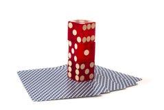 карточки dice играть штабелированные 3 стоковые фото