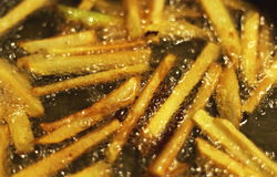 Картошки жаря в масле Стоковые Фото