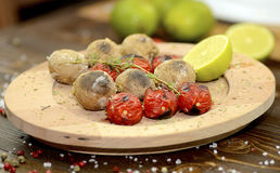 картошки зажарили в духовке Стоковое Фото