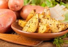Картошки испеченные в печи Стоковые Фотографии RF