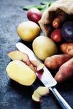 картошки сырцовые Стоковые Фото