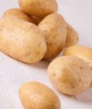 Картошки фермы свежие помытые все Стоковые Фотографии RF