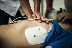 кардиопульмональная реаниматология стоковая фотография rf