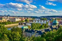 Карлов мост и другие мосты через реку Влтавы в Праге Стоковая Фотография RF