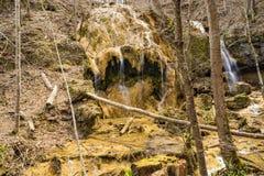 Каскадируя водопады травертина - 2 Стоковое фото RF