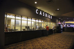 Кассир казино гостиницы Лас-Вегас Луксора Стоковые Фотографии RF