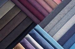 Каталог пестротканой ткани от предпосылки текстуры ткани рогожки, текстуры silk ткани, предпосылки текстильной промышленности Стоковая Фотография RF