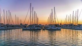 Катамараны и яхты в Марине в Sukoshan, Хорватии стоковые изображения