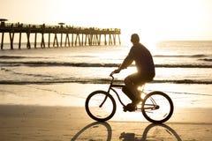 Катание велосипеда Стоковое Изображение