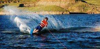 катание на водных лыжах Стоковые Фото