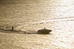 катание на водных лыжах Стоковое Изображение RF