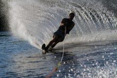 Катание на водных лыжах в Parker Аризоне Стоковые Фотографии RF