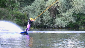 Катание на водных лыжах сток-видео