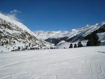 катание на лыжах зоны Стоковые Изображения RF