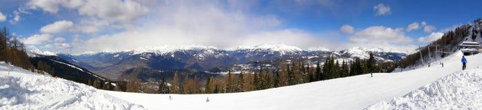 катание на лыжах Италии Стоковая Фотография