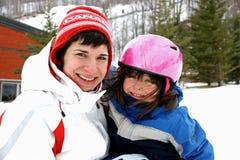 катание на лыжах мати дочи Стоковые Изображения