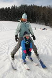 катание на лыжах младенца Стоковые Фотографии RF