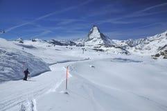 катание на лыжах matterhorn Стоковое Изображение RF