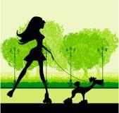Катание на ролике девушки в парке иллюстрация вектора