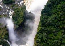 Катаракта дьяволов на известном Victoria Falls между Замбией и Зимбабве стоковая фотография rf