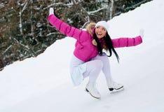 кататься на коньках льда девушки Стоковое Изображение RF