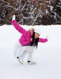 кататься на коньках льда девушки Стоковая Фотография
