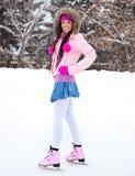 кататься на коньках льда девушки Стоковое Изображение