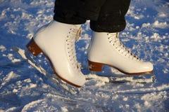 кататься на коньках льда стоковое изображение