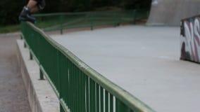 Кататься на коньках на роликах