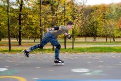 Кататься на коньках ролика стоковое фото rf