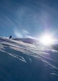 Кататься на лыжах в back-light Стоковые Изображения RF