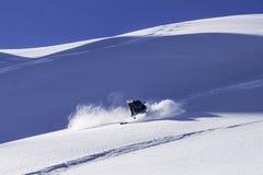 Катаясь на лыжах более verbier -piste Стоковое фото RF