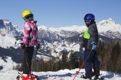 2 катаясь на лыжах дет Стоковое фото RF