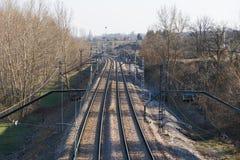 катенарный поезд следов железной дороги Стоковая Фотография
