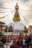 КАТМАНДУ, НЕПАЛ 16-ОЕ МАРТА: Улицы Катманду 16-ого марта, Стоковые Изображения RF