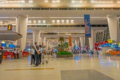 Катманду, Непал, 16-ое ноября 2017: Неопознанный интерьер авиапорта Катманду людей 1-ого марта 2014, Катманду, Непал Стоковое Изображение