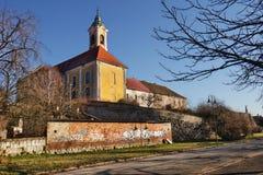 Католическая церковь в ¡ c VÃ, Венгрии стоковое изображение rf