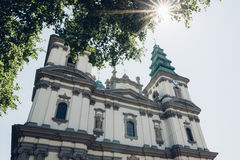 Католическая церковь изображения греческая в маленьком городе Стоковые Фото