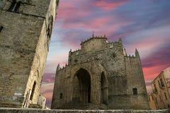 Католическая церковь Medievel. Chiesa Matrice в Erice, Сицилии. Стоковые Фото